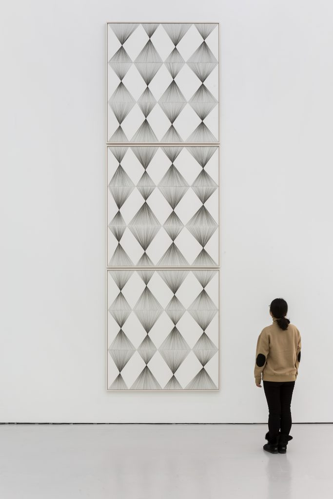 Ignacio Uriarte, Vertical Rhombus Iteration No. 1 - No. 3,Pigmentierte Tinte auf Papier, je 154,6 x 143 x 3 cm, 2017. White Space Beijing