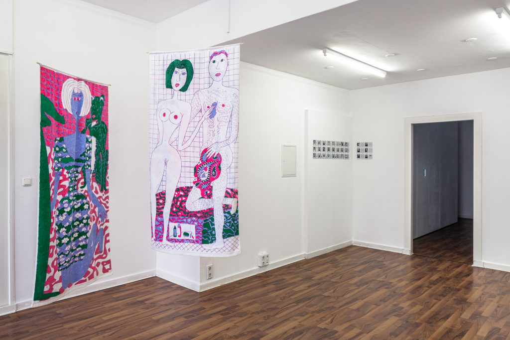 BEUYS & GIRLS, NAILS projectroom, Düsseldorf 2021 © Hanne Brandt, courtesy Curated Affairs